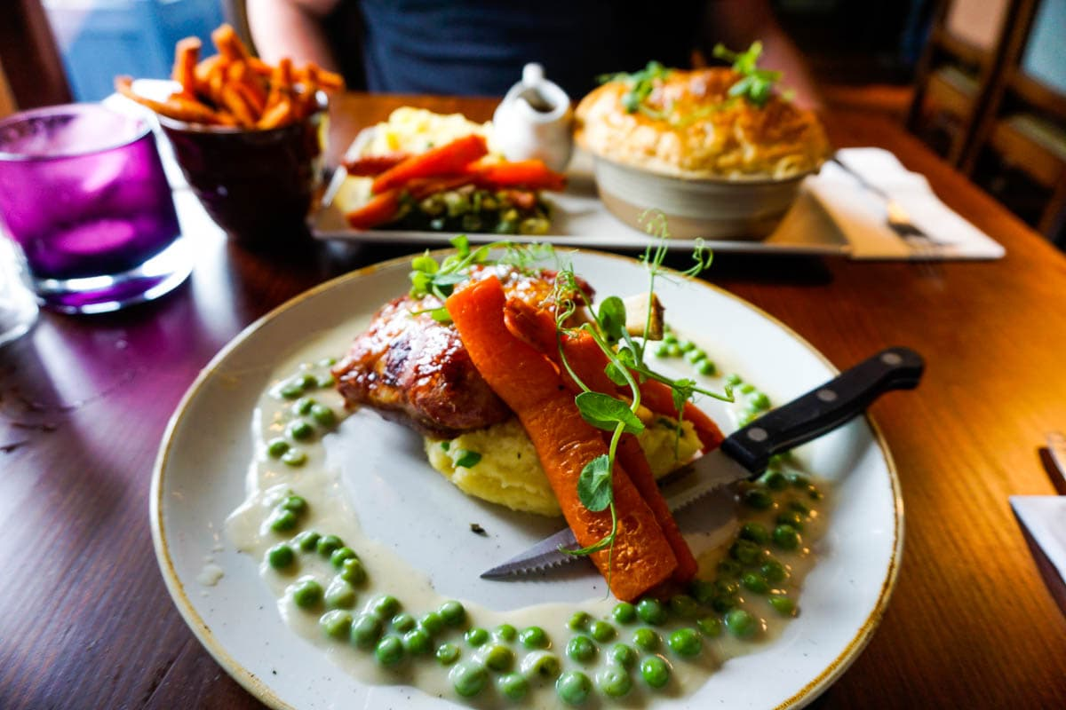 Review: The Swallows Return Pub, Sussex
