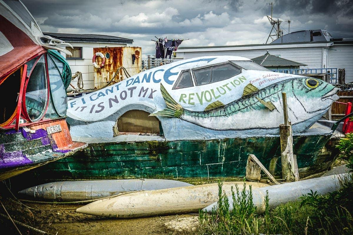 shoreham houseboat
