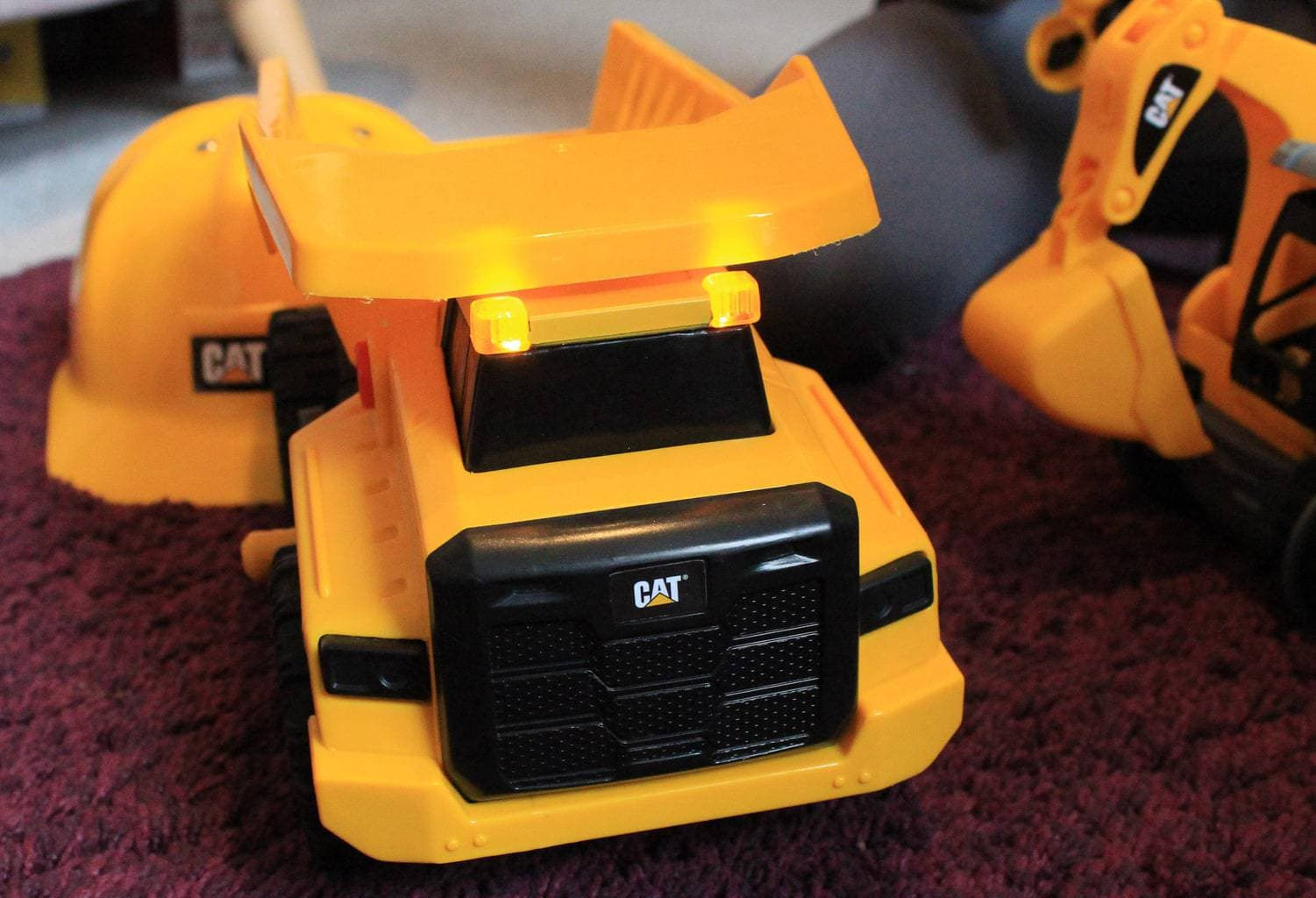 CAT Vehicle toy review