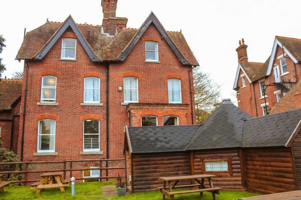 YHa Canterbury Lodge review