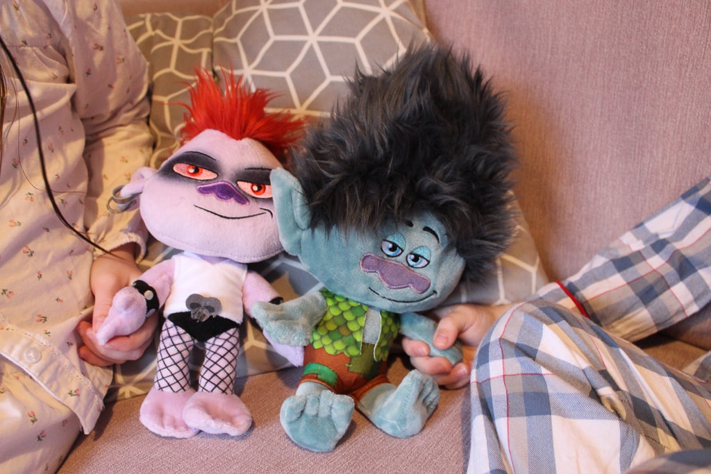 barb and branch trolls 2 movie toys