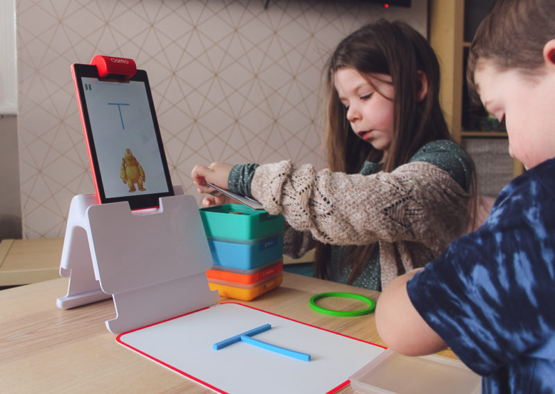 Playing with Osmo